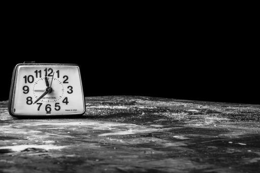 alarm-clock-238524_960_720