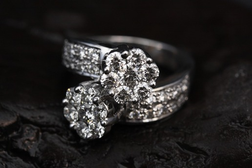 ring-2405152_960_720